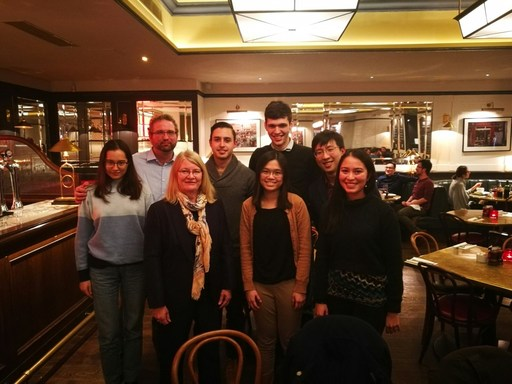 SSIS alum gather in London